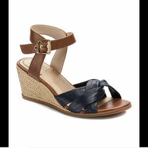 Lucca Lane Hermione Women's Sandals, Navy Shoes